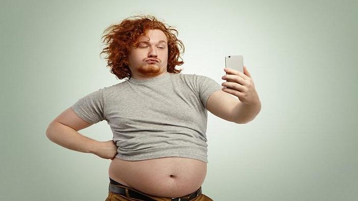 Selfie Secara Berlebihan Lebih Dari 6 Kali Sehari, Masuk Kategori Kelainan Mental