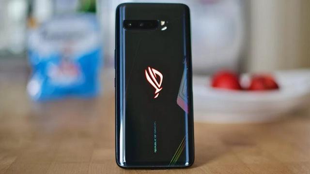 Asus ROG Phone 3 Resmi dirilis, Harganya Bikin Ngelus Dada
